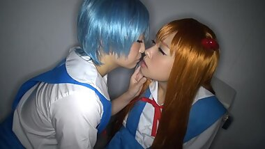cosplayers japanese lesbian